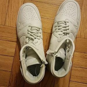 Nike Jordan 1 Rebel XX Size 9.5